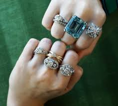 Take Part In Antique Jewelry Auctions In Indiana And Win Jewelry At Stunning Prices