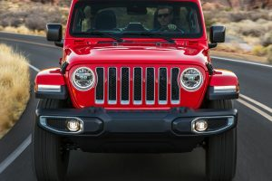 Want to purchase the jeep in the best rates? Auto dealers will make final your deal