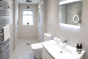 Advantages of Wet Rooms in Sheffield