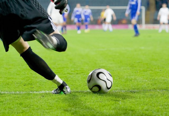 Things to beware of while playing football betting